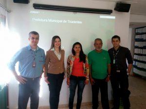 Da esquerda para a direita: Rodrigo Costa (Treinamento Zetra), Patrícia Dias (Coordenação Técnica - Zetra), Monique Barbosa (Depto Pessoal - Pref. Tiradentes), José Norberto (Depto Pessoal - Pref. Tiradentes), Robert Oliveiras (Comercial - Zetra)